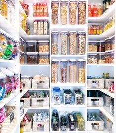 It's been a weird year. Let's not think about it and look at the best pantry porn instead. If you're looking for cheap kitchen pantry storage ideas, these organised cupboards are the stuff of neat freak dreams (eg. Busy Philips' before-and-after).