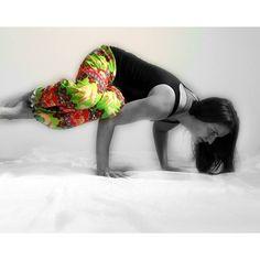 #datcolorpop @saltlifepirateprincess@clarissa_mae_ @benditlikebay@simplemuffin Color Pop Sponsors:@YogiSurprise @lavha#abbodysquad #girlswithmuscle #igyogis #yoga#yogajourney #fbfmfam #fbfm #yogaeveryday#igyoga#fitmom #workathome #instayoga#fitlondoners #yogadeutschland #PracticePracticePractice #practiceyoga #yoga#yogainspiration #yogaeverydamnday #yogagram#fitmum #yogapractice #yogapose#asana#workout#myyogalife #strikeapose#spreadtheyogalove #thedailyyoga#inspiredyogis by yogi_debby