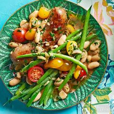 Italian Sausage & Two-Bean Skillet. Dig into this summer-fresh dish! The whole dinner recipe comes together in just one skillet for easy clean up. Sausage Recipes, Beef Recipes, Cooking Recipes, Healthy Recipes, Easy Dinner Recipes, Easy Meals, Easy Recipes, Summer Recipes, Best Junk Food