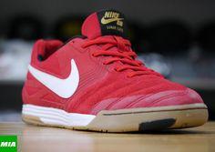 9c6c7ab13635 Nike SB Lunar Gato  Uni Red  amp  Gum  Snicker Shoes