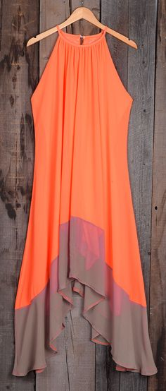 Your maxi's flyin' high. Fresh candy color can not be missed. Hot Sale, $21.99 now! Splicing design is just so flattering to cover hot body. This casual comfy dress looks great with bag or sneakers for going out.