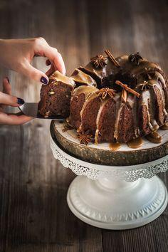 Cuketové hody: Upečte si cukeťáky, chlebíček a neskutečnou bábovku! - Proženy Love Cake, Food Photo, Sweet Recipes, Tiramisu, Sweet Tooth, Pie, Sweets, Baking, Ethnic Recipes