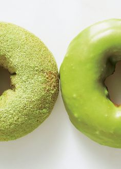 Green doughnuts!? The secret is matcha green tea.
