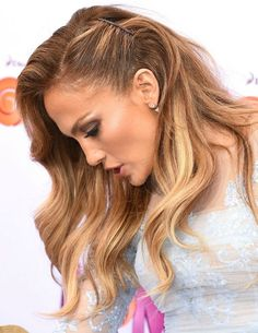 Jennifer Lopez's pinned-back long hairstyle