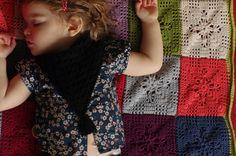 au coeur dartycho: crochet. love this granny square pattern.