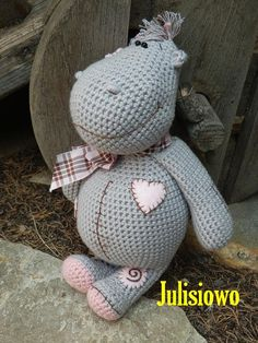 Hippo. Julisiowo Etsy.. Crochet hippo. Facebook Julisiowo https://www.etsy.com/listing/204731154/crochet-pattern-crochet-doll-hippo-pdf?ref=shop_home_active_9