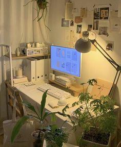 Study Room Decor, Room Ideas Bedroom, Bedroom Decor, Bedroom Inspo, Gamer Bedroom, Deco Studio, Indie Room, Minimalist Room, Pretty Room