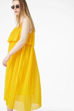 Midi slip dress - Sunflower yellow - Dresses - Monki AT Yellow Dress, Monki, Night Out, Summer Dresses, How To Wear, Clothes, Style, Fashion, Yellow Gown
