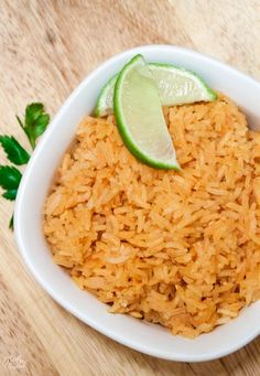 Restaurant Style Mexican rice so you can skip eating out and have a real mexican. - Restaurant Style Mexican rice so you can skip eating out and have a real mexican style meal at home - Mexican Rice Recipes, Easy Rice Recipes, Rice Recipes For Dinner, Mexican Dishes, Easy Mexican Rice, Easy Spanish Rice Recipe, Filipino Recipes, Rice Dishes, Food Dishes