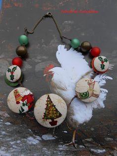Collier court réversible - Boutons tissu Noël - perles polaris et bronze - sequins bois - chaine bronze : Collier par fibule-et-cabochon