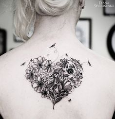 Flowery Heart & Dragonflies http://tattooideas247.com/flower-heart/