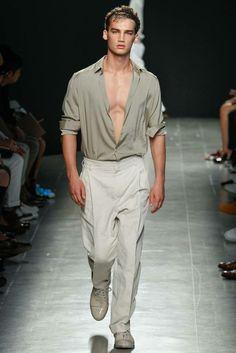 Herrenhosen vom Laufsteg aktuelle Männermode Trends