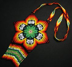 Native American Beadwork, Mexican Style, Geometric Art, Beaded Flowers, Beading Patterns, Seed Beads, Friendship Bracelets, Crochet Top, Beaded Necklace
