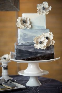 50 Shades of Grey Wedding Cake
