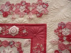 Cornelian BOM from hugsnkisses. quilted by tracey browning of Constantine quilts, Auz.