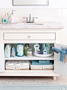 Need to clean up in a hurry? Pick a task, any task, for quick tips to fix your place up fast.