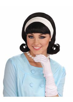 The Wig w/detachable Headband Black Adult is a perfect accessory for your Halloween costume this year. Accessorize your costume with our exclusive props, decorations, wigs and many more at Costume SuperCenter. Set your costume above the rest! 50s Hairdos, 50s Hairstyles, Vintage Hairstyles, Halloween Hairstyles, Birthday Hairstyles, Woman Hairstyles, 50s Halloween Costumes, Theme Halloween, 1950s Costumes