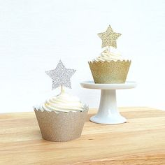 12 Sparkly Star Cupcake Toppers