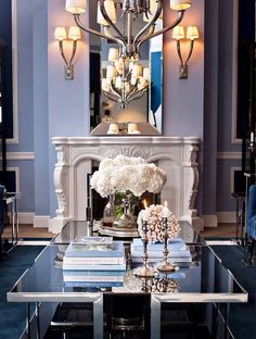 Cool-mirrored table- sophisticated space - Eichholtz interiors