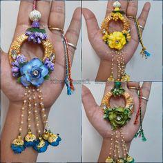Handmade Rakhi Designs, Rakhi Festival, Rakhi Making, Rakhi Gifts, Raksha Bandhan, Flower Jewelry, Diy Arts And Crafts, Festival Fashion, Indian Wear