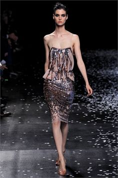 NINA RICCI: Spring/Summer 2013 Ready-To-Wear - Paris