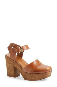 Free shipping and returns on Topshop 'Smile' Wooden Platform Leather Sandal (Women) at Nordstrom.com. A wooden platform heel perfects the retro aesthetic of a clog-inspired sandal crafted from Italian leather and finished with an on-trend ankle strap.