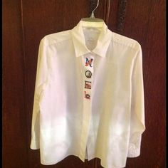 Ladie's FOXCROFT CHRISTMAS blouse Cute ladie's CHRISTMAS NOEL blouse....size 14.....pet free and smoke free home Foxcroft Tops Blouses