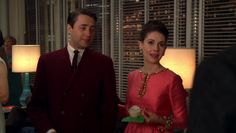 http://mad-men-fashion.tumblr.com/post/35824341487/trudy-in-a-gorgeous-tunic-at-the-christmas-party