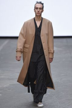 LOOK | 2015-16 FW LONDON MEN'S COLLECTION | MAN | COLLECTION | WWD JAPAN.COM