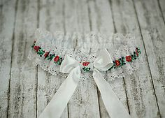 Iné doplnky - Svadobný folklórny podväzok - 6675734_ Polish Wedding, Church Wedding Decorations, Table Settings, Folklore, Party, Infinity, Handmade, Wedding Ideas, Traditional