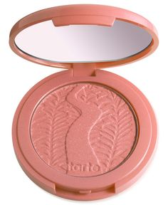 A long-wearing, supremely soft blush infused with Amazonian clay harvested from…