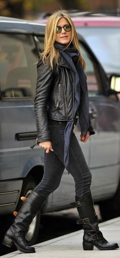 Jennifer Aniston: boots, skinny, blazer,  crocodile leather belts, genuine leather, skin, snake skin, skulls, luxury shopping, crocodile accessories, crocodile bracelets, woman`s belts, jeans belts, Plácido de la Rosa, fashion, python skin, ring rock, gürtel, buckles, http://shop.placidodelarosa.com/en/