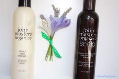 Per un occhio disattento sono solo uno shampoo e un balsamo... Ma chi tiene al proprio benessere e alla Natura sa che i prodotti John Masters Organics sono la dimostrazione che è possibile volersi bene senza sostanze chimiche e di sintesi! John Masters significa prodotti 100% organici, vegan ed ecosostenibili: bellezza secondo Natura.