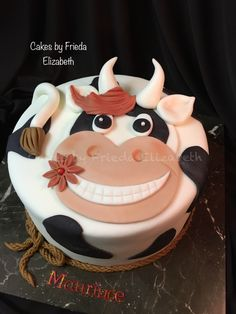 Cow cake for kids birthday Cowboy Birthday Cakes, Farm Birthday Cakes, Cow Cakes, Cupcake Cakes, Fondant Cake Designs, Farm Cake, Cake Shapes, Animal Cakes, Just Cakes