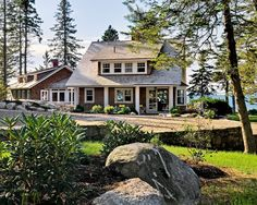 This Maine cottage was completed in 2009 by Whitten Architects. I hope you feel inspired by its peaceful grounds and interiors.
