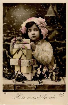 old christmas cards beautiful! Vintage Christmas Photos, Christmas Past, Victorian Christmas, Pink Christmas, Vintage Holiday, Christmas Pictures, All Things Christmas, Christmas Crafts, Homemade Christmas