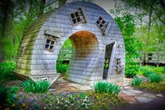 """""""Twisted House"""" près d'Indianapolis aux Etats-Unis est une oeuvre de John McNaughton"""