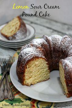 Rich lemony flavor gives life to this delicious sour cream pound cake! #essentialoils #lemon #poundcake
