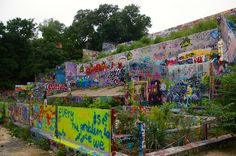 Baylor Street Art Wall - Hope Outdoor Gallery in Austin, Texas