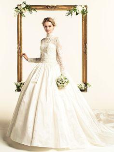 気品あふれる格式高いドレス。オーセンティックな花嫁衣装にしたい♡カラードレス参照一覧♡
