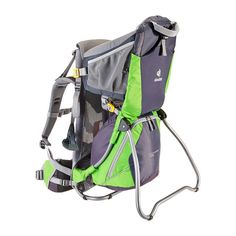 No family camping and hiking trip without a carrier. Kraxe von Deuter für den Wanderurlaub // Glamping, Camping => Outdoors!