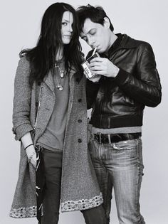 The Kills: Alison Mosshart x Jamie Hince Music Icon, My Music, Jamie Hince, Alison Mosshart, Chelsea Girls, The Legend Of Heroes, Rock And Roll Bands, The White Stripes, Jack White
