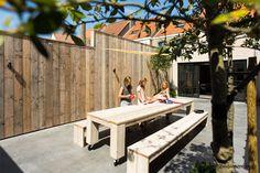 Huis aan de Belgische kust tot 16 personen met tuin 500m van strand van Knokke. Huis Belgische Kust te huur per weekend, midweek of week.