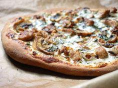 Une pâte dorée, du fromage fondant… la pizza blanche a tout pour plaire ! Nos conseils pour bien la réussir.