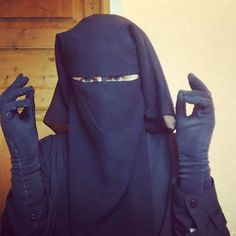 I'm happy with the final result of my new GLOVES!  #gloves #niqab #niqabi #niqabilife #muslimah #revert