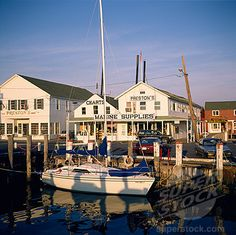 We love to take the ferries to visit Greenport Greenport, especially on Sunday afternoons.  L.I. wharf