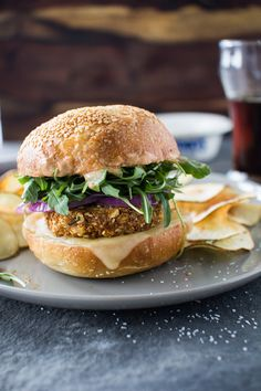 Flourishing Foodie: Crunchy Chickpea Burgers with Homemade Potato Chips