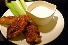 Life Tastes Good: Spicy Ginger Chicken Wings