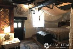 Castles and Villages for sale - Umbria - Price on application    Umbria | Perugia | Magione Code 3914 (cpge003669)    Unique and charming property in the medieval castle of Sant'Arcangelo, which remains on the shores of Lake Trasimeno. The apartment, which is built inside the old crypt of the church of the Castle