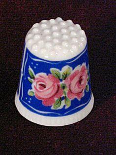 Royal Roses KPM Krister Bone China Porcelain Germany Thimble TCC